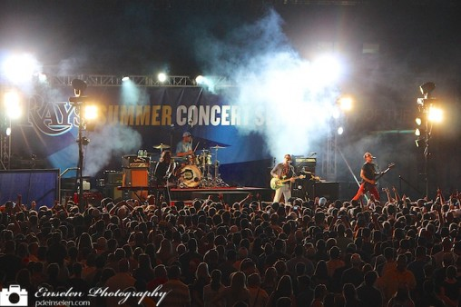 Weezer Performs for Rays Summer Concert Series